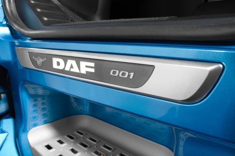 DAF XF 90th anniversary edition
